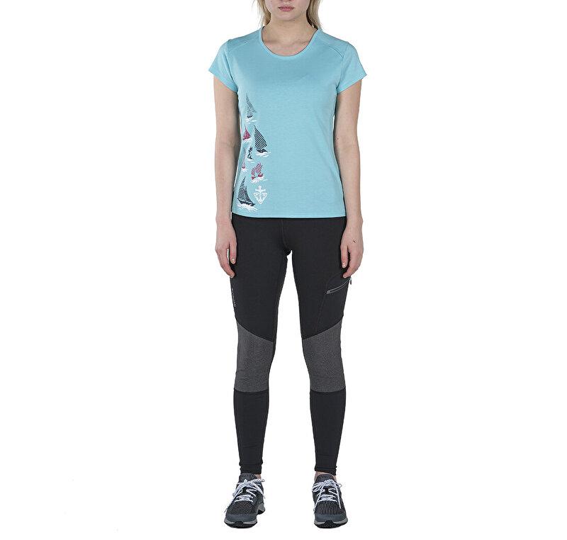 Coastal Flags II Kısa Kollu Kadın T-shirt